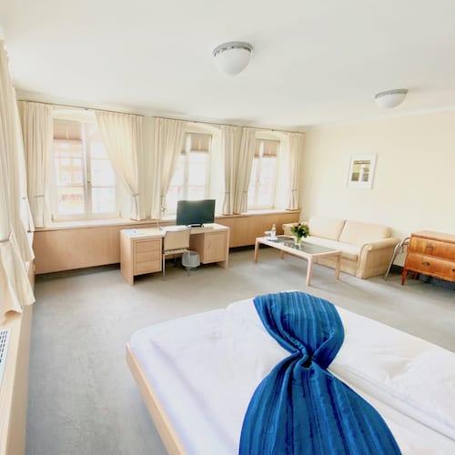Große Doppelzimmer und Suite im Hotel in Mindelheim