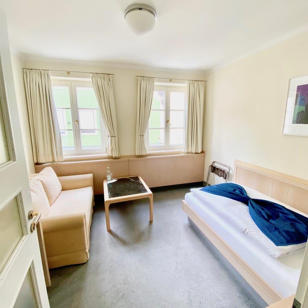 Einzelzimmer im Hotel in Mindelheim